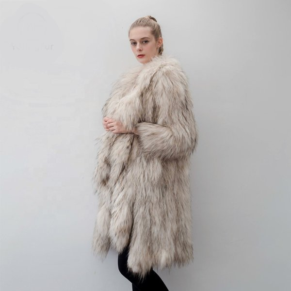 画像1: Women's Real Raccoon Fur Knitting Fur Coat Mix Color リアルラクーンファーニットコート (1)