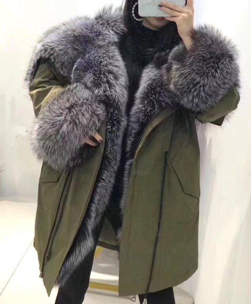画像1: Women's Real Silver & Red Fox Fur Military Down Coat  リアルシルバーフォックスファーミリタリーアーミーモッズダウンコート (1)