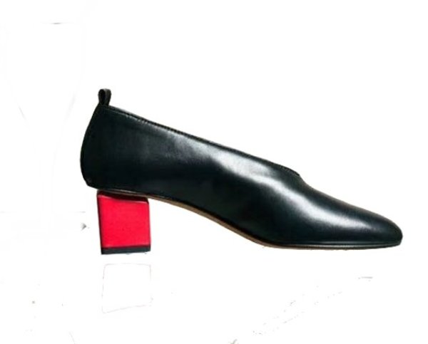 画像1: women's sheepskin deep V mouth retro  shoes single pumps shoes 本革シープスキンV口レトロパンプス シングルシューズ (1)