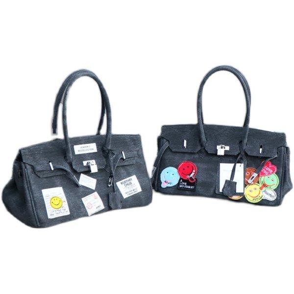 画像1: Woman's smiley& large-capacity denim platinum bag underarm bag single shoulder Kelly bag スマイリーエンブレム付きデニムショルダートートバッグ (1)