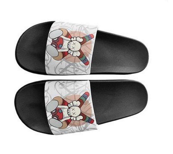 画像1: Unisex kaws flip flops soft bottom sandals slippers   ユニセックス男女兼用 カウズ プラットフォーム フリップフロップ  シャワー ビーチ サンダル  (1)
